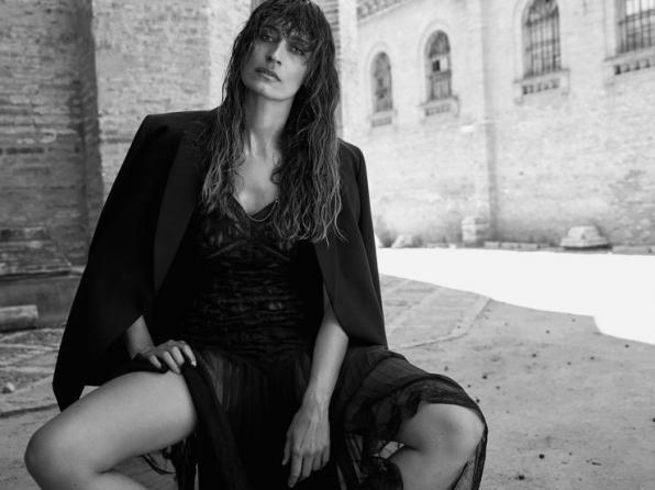 m_artlist-photography-nico-bustos-editorial-women-magazine-fashion-art-caroline-de-maigret-a679e70f6002350abbd7ce4f492609300e87a27f3f54eddc3994873aaca431f2